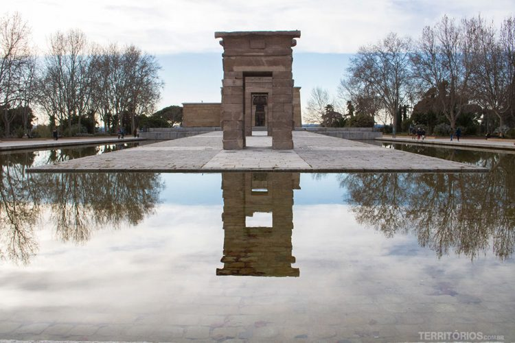 Templo de Debot, ruínas egípcias em Madrid - Espanha