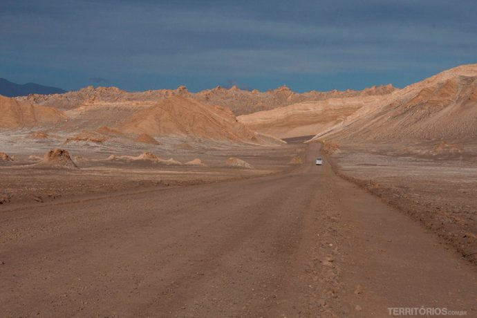 Estrada no Valle de la Luna