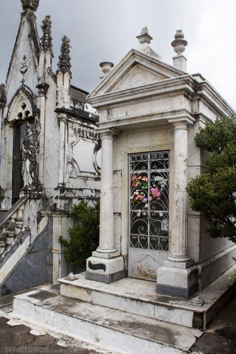 Túmulo do Coronel João Tavares