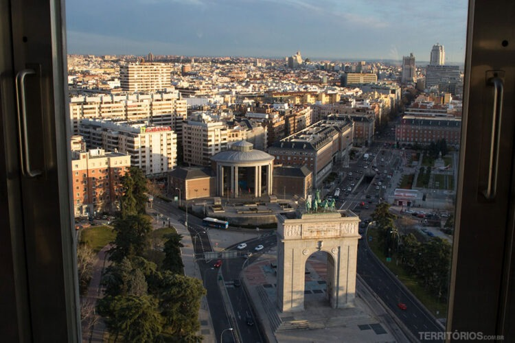 O ponto mais alto para ver Madri é no Faro de Moncloa