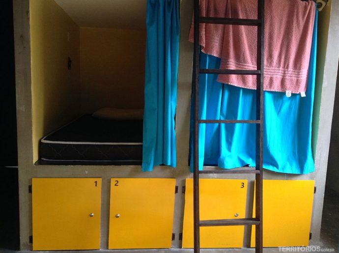 Quadrados com locker em baixo