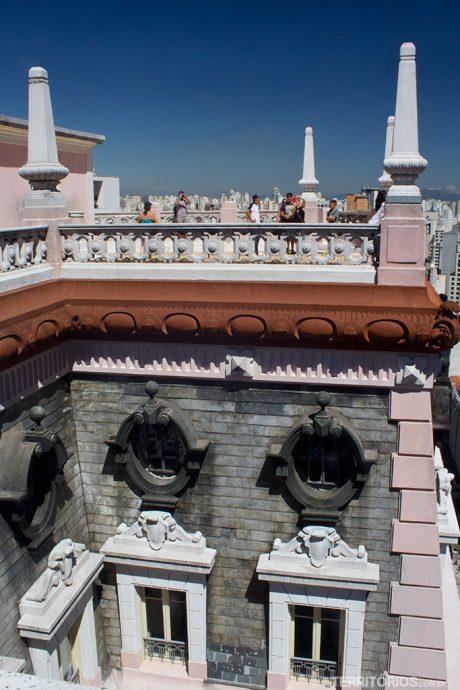 Arquitetura do prédio vista do Terraço