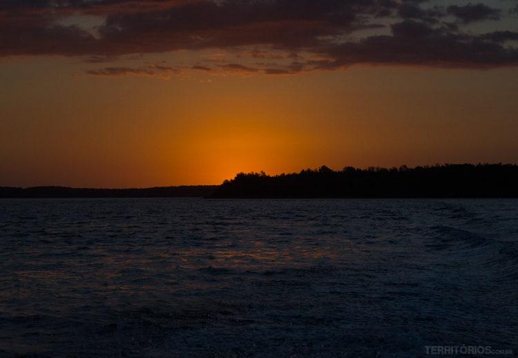 Final do primeiro pôr do sol no Delta do Parnaíba - Piauí