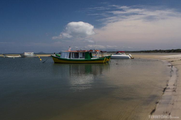 Praia do Istmo, Ilha do Mel, Paranaguá, Paraná - Brasil