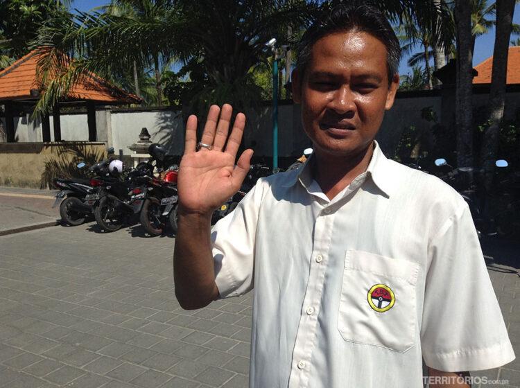 O motorista I Wayan foi extramente atencioso e educado com minha mãe. Melhor dica de transporte em Bali