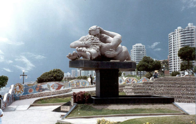 Praça do Amor em Lima