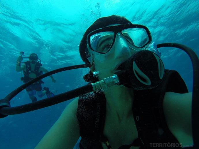 Mergulho com cilindro no incrível mar azul de San Andrés