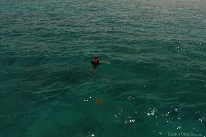 O mar do caribe em Key West - road trip: Flórida
