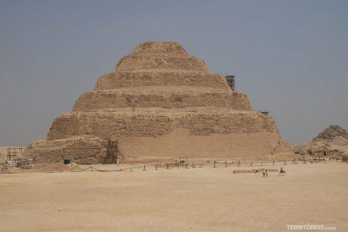 Pirâmides deDjoser, a primeira construção em pedra do mundo