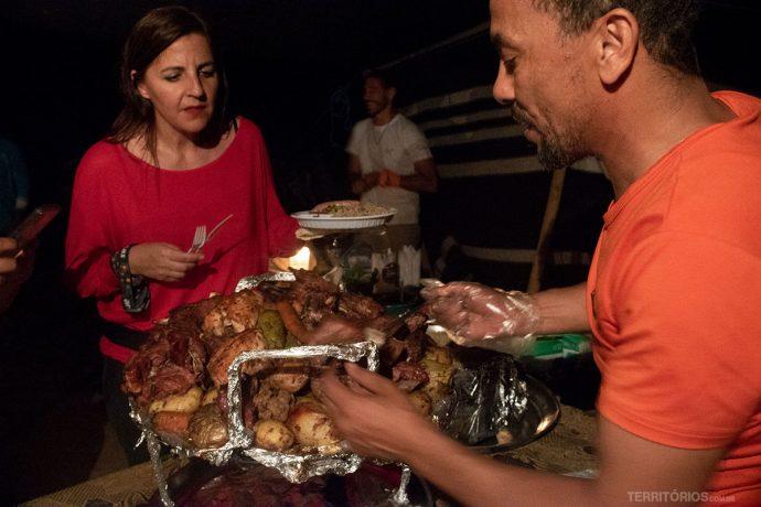 Jantar típico dos Beduínos em Wadi Rum