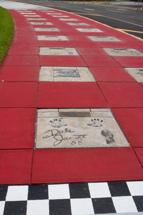 Calçada da fama dos campões da Daytona 500