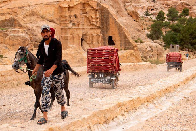 Transporte em Petra