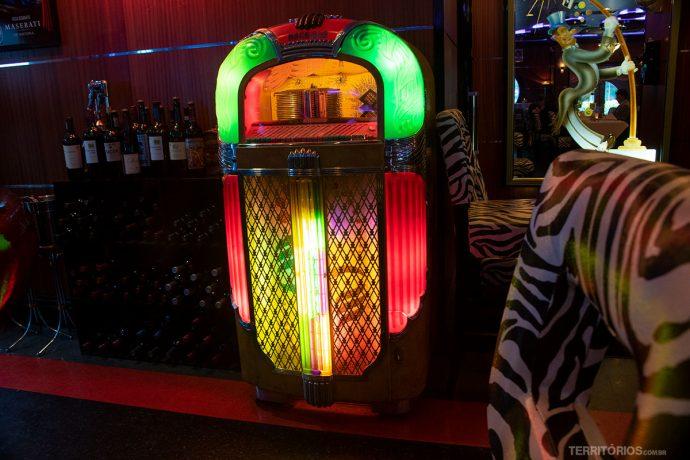 Jukebox iluminada