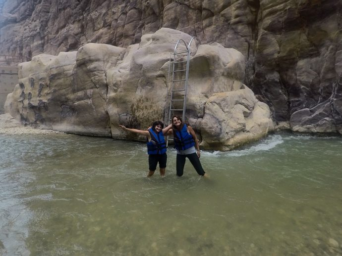 Celebrando o sucesso em Wadi Mujib