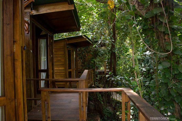 Casas na árvore do Hostel da Vila