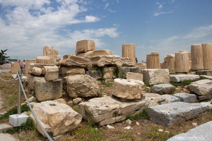 Ruínas na Acrópole de Atenas