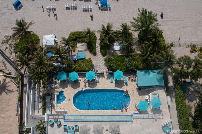Piscinas na beira da praia no Marenas Resort - Dica de onde ficar na Flórida