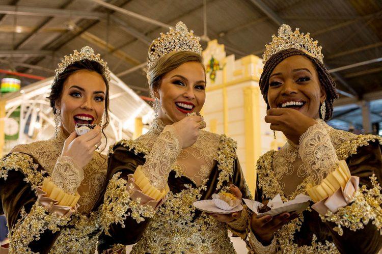 Rainha e princesas da Fenadoce 2019