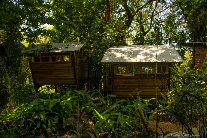 Cabanas em meio a Mata Atlântica no Hostel da Vila, em Ilhabela