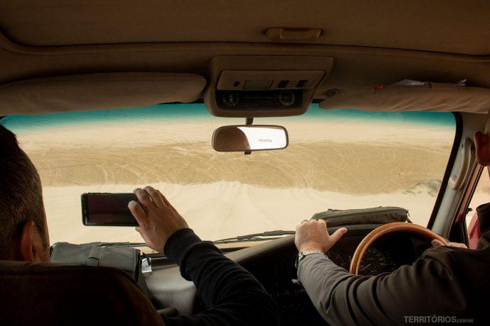 Descendo dunas de 300 metros de altura em 4x4