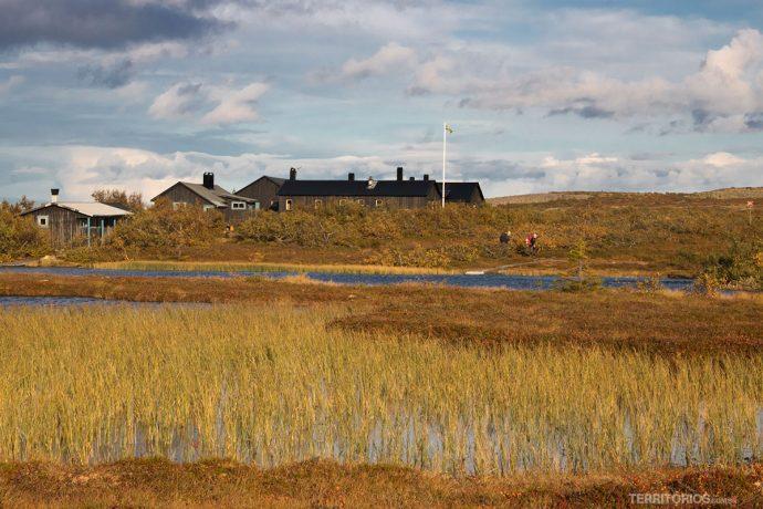 Cabanas para hospedagem no alto da montanha