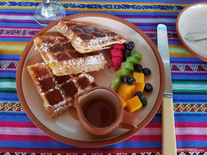 Café da manhã no hotel Custa Serena