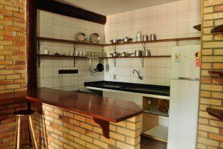 Pousadas na Guarda do Embaú com cozinha americana
