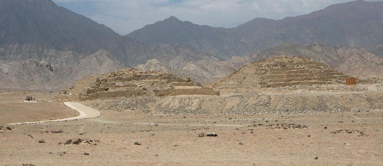 Pirâmides de Caral, civilização mais antiga das Américas