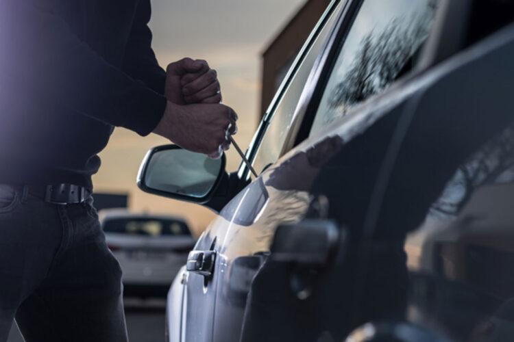 roubo de carro alugado