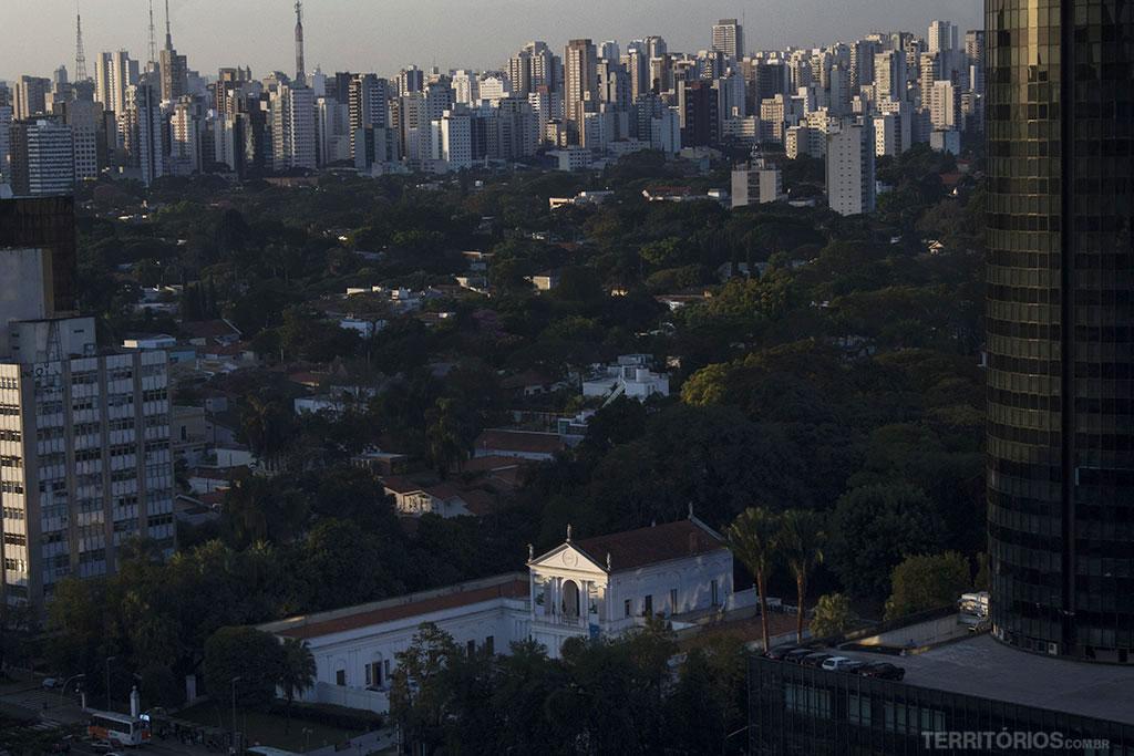 Conheça alguns dos bairros mais nobres de SP » Territórios