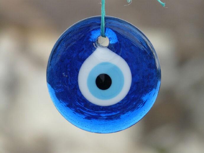 Olho grego é uma das superstições mais bonitas esteticamente