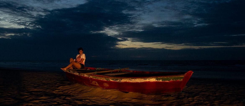 Praia deserta em Camocim
