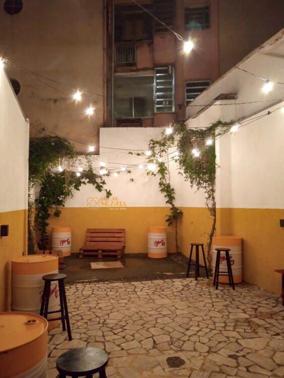 Pátio no Bar de Gràcia